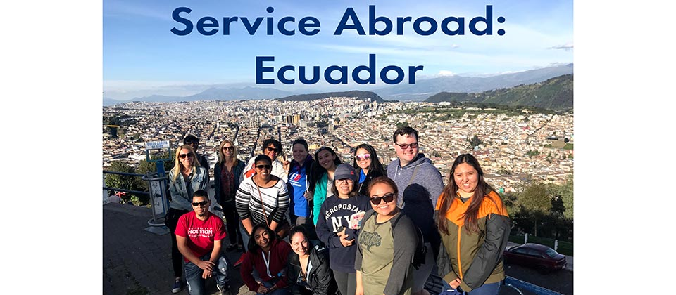 study abroad students in Ecuador